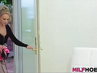 Nicky Ferrari Mexicana Cogiendo de puta en el motel. at 妈妈 niche