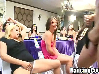 Dancingcock Crazy Girls at party niche