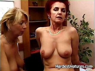 Mature lesbo ladies testing some dildos
