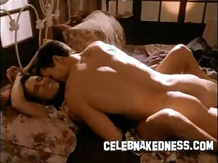 Celebrity Jennifer Ladell nude and having sex big breasted