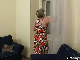 She gives head then fucked