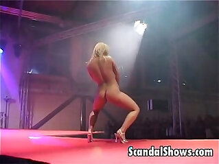 Hot blonde exposes her goodies