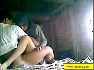 Cochonne rondelette la visite de son sexfriend