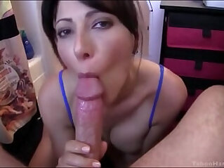 MOM CATCHES SON WANKING AND HELPS HIM WITH A DEEPTHROAT BLOWJOB